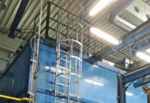 Drabiny pionowe mocowane do maszyn i urządzeń. Jaką rolę spełniają w przemyśle?