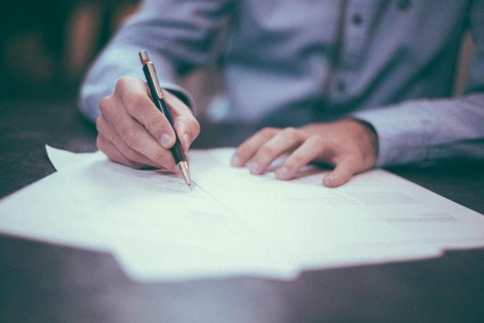 Prawo pracy i ubezpieczeń publicznych – jakie przepisy je regulują?